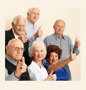 Adultos mayores felices
